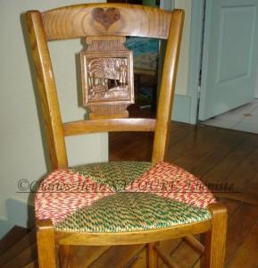 Chaise d'église relookée pour un cadeau de mariage